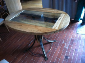 Furniture oval table